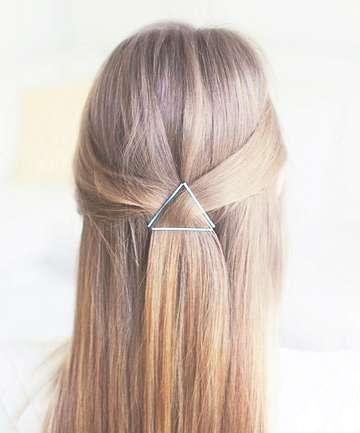 12 Easy Bobby Pin Hairstyles To Up Your Hair Game With Best And Newest Medium Hairstyles With Bobby Pins (View 23 of 25)