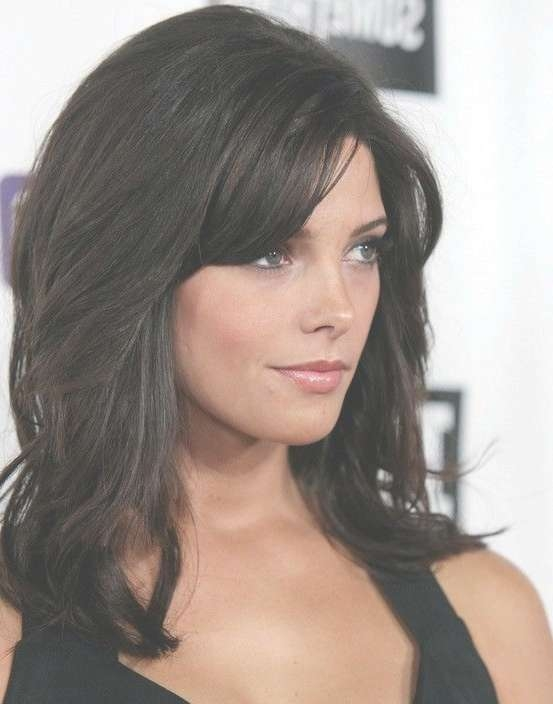 Featured Photo of Black Medium Hairstyles With Bangs And Layers