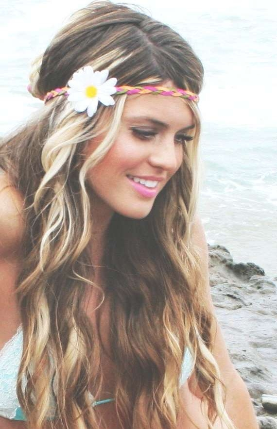 14 Glamorous Hairstyles With Headbands – Pretty Designs For Most Popular Medium Haircuts With Headbands (View 19 of 25)