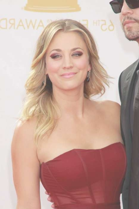 15 Best Kaley Cuoco Hairstyles | Hairstyles Update Intended For Current Kaley Cuoco Medium Hairstyles (View 14 of 15)