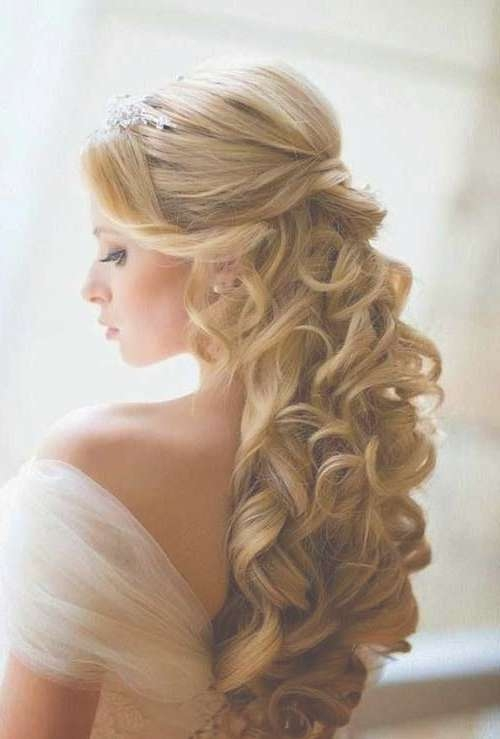 15 Best Prom Hairstyles | Hairstyles & Haircuts 2016 – 2017 Inside Newest Medium Haircuts For Prom (View 25 of 25)