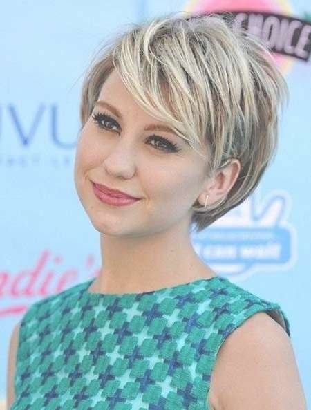 15 Ideas Of Short Layered Bob Hairstyles For Round Faces With Regard To Short Layered Bob Hairstyles (View 16 of 25)