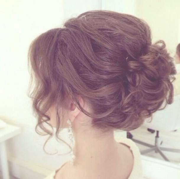 15 Pretty Prom Hairstyles For 2018: Boho, Retro, Edgy Hair Styles Regarding Most Recent Prom Medium Hairstyles (View 21 of 25)