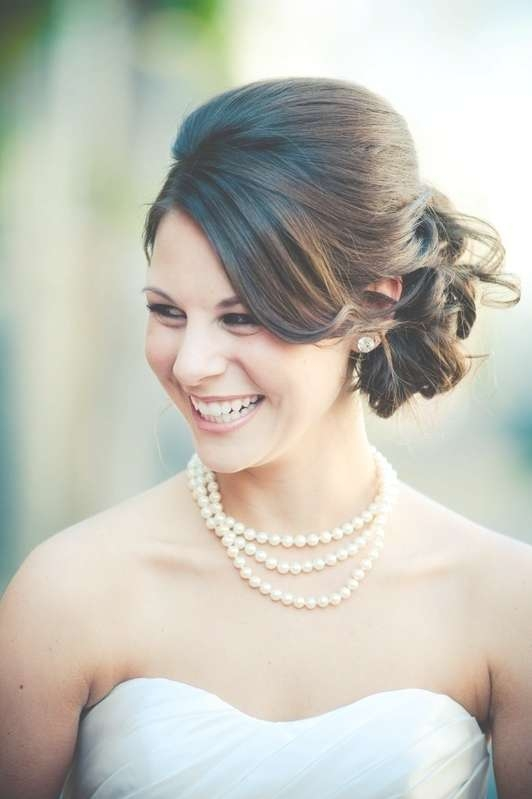 16 Beautifully Chic Wedding Hairstyles For Medium Hair – Pretty In Most Recently Brides Medium Hairstyles (View 11 of 25)