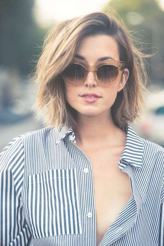 16 Chic Medium Hairstyles For Summer | Styles Weekly With Regard To Most Popular Medium Hairstyles For Summer (View 2 of 15)