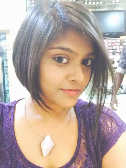 17 Best Blunt Bob Hairstyles For Indian Girls And Women Within Indian Bob Haircuts (View 4 of 25)