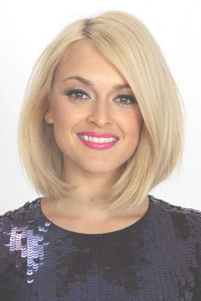 18 Best Medium Hairstyles & Haircuts For Thick Hair Intended For Most Popular Medium Haircuts Bobs Thick Hair (View 8 of 25)