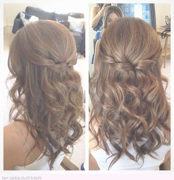 18 Elegant Hairstyles For Prom: Best Prom Hair Styles 2017 Inside Most Popular Prom Medium Hairstyles (View 3 of 25)