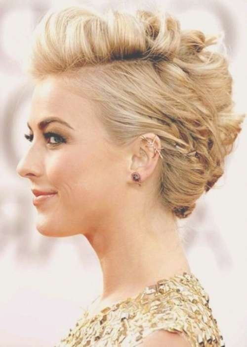 18 Pretty Updos For Short Hair: Clever Tricks With A Handful Of Pertaining To Updos For Bob Haircuts (View 7 of 25)