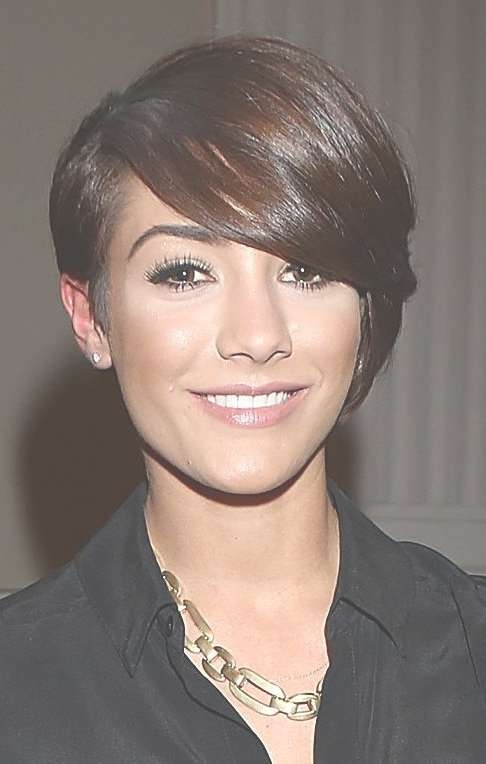 19 Hairstyles Women In Their 20S Can Get Away With For Latest Medium Hairstyles For Women In Their 20S (View 7 of 25)