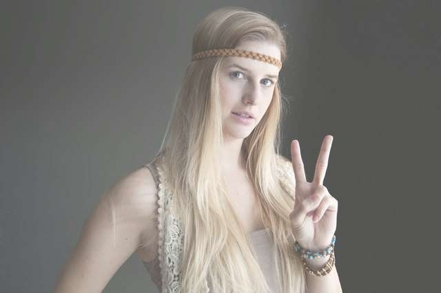 The Best Hippie Medium Hairstyles
