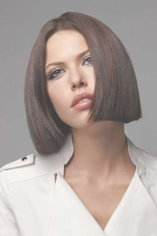 20 Best Blunt Bob Haircuts | Bob Hairstyles 2017 – Short Intended For Blunt Bob Hairstyles (View 10 of 25)