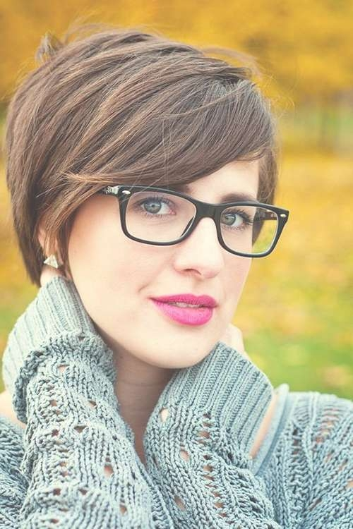 20 Best Hairstyles For Women With Glasses | Hairstyles & Haircuts Regarding Best And Newest Medium Hairstyles For Girls With Glasses (View 23 of 25)