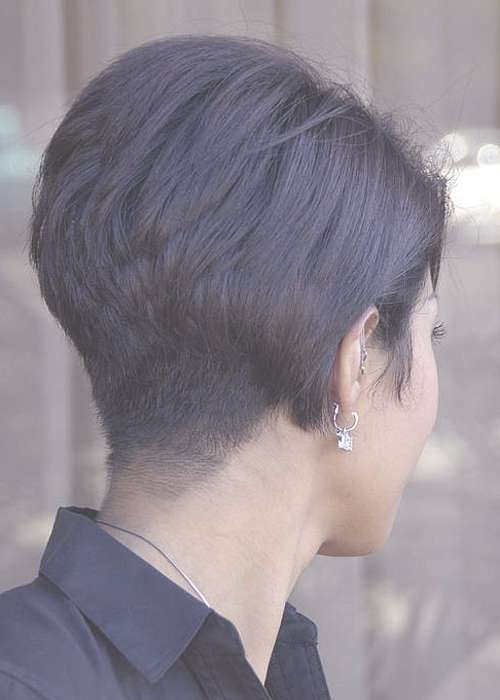 20 Flawless Short Stacked Bobs To Steal The Focus Instantly Inside Bob Haircuts Shaved In Back (View 17 of 25)