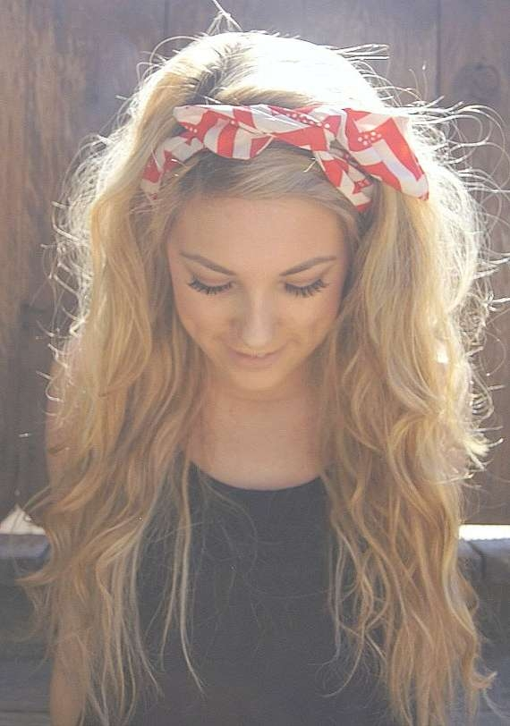 20 Gorgeous Headband Hairstyles You Love – Pretty Designs In Newest Medium Haircuts With Headbands (View 16 of 25)