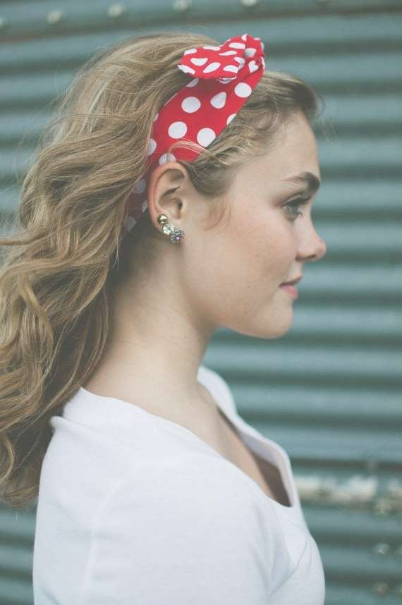 20 Gorgeous Headband Hairstyles You Love – Pretty Designs Throughout Most Popular Medium Haircuts With Headbands (View 15 of 25)