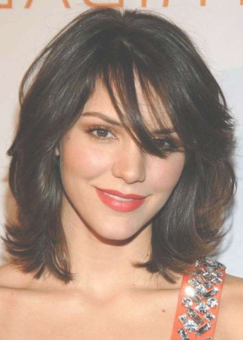 20 Haircuts With Bangs For Round Faces | Hairstyles & Haircuts For Current Medium Hairstyles Layered Around Face (View 2 of 25)