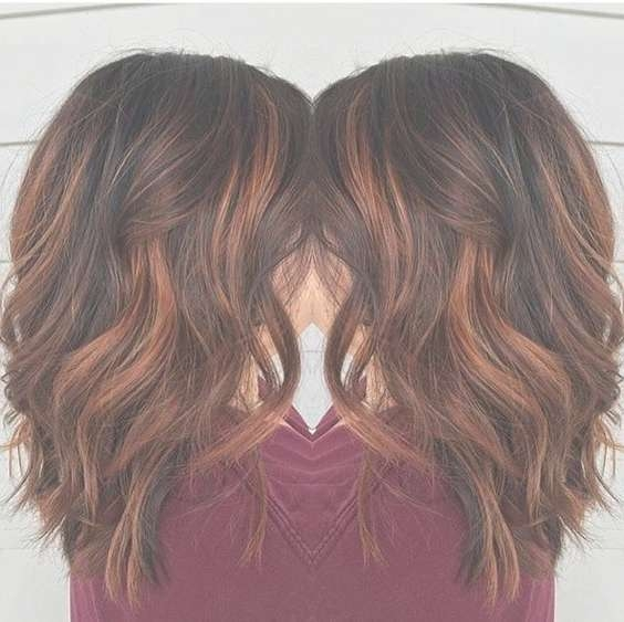 20 Lovely Medium Length Haircuts For 2017: Meidum Hair Styles For For 2018 Medium Hairstyles (View 16 of 25)