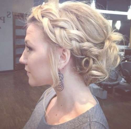 20 Medium Curly Hairstyles For Every Occasion Intended For Current Medium Hairstyles Formal Occasions (View 5 of 25)