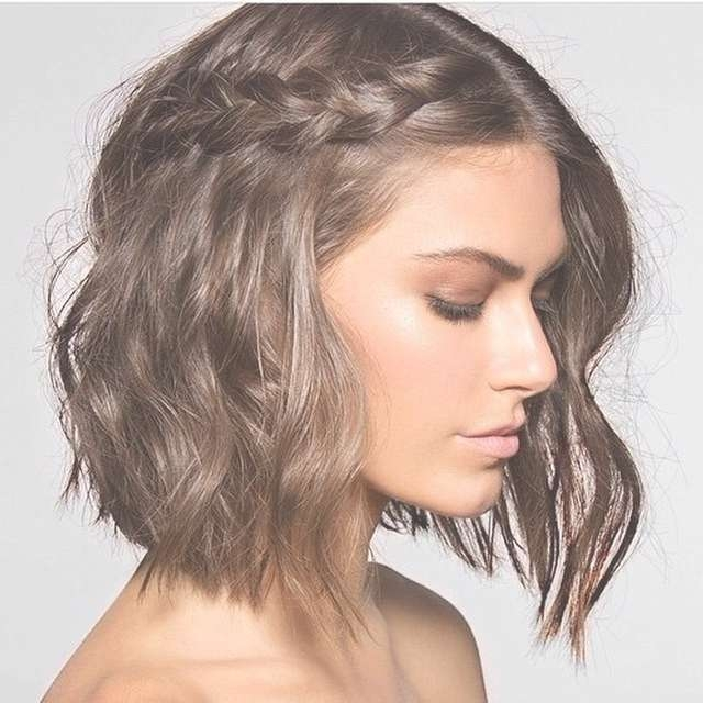20 Super Stylish (& Easy) Medium Length Haircuts In Recent Easy Care Medium Haircuts (View 2 of 25)
