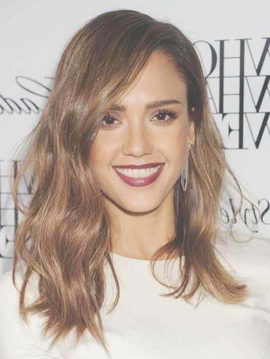 2014 Jessica Alba Hairstyles: Medium Wavy Haircut – Popular Haircuts With Newest Jessica Alba Medium Haircuts (View 3 of 25)