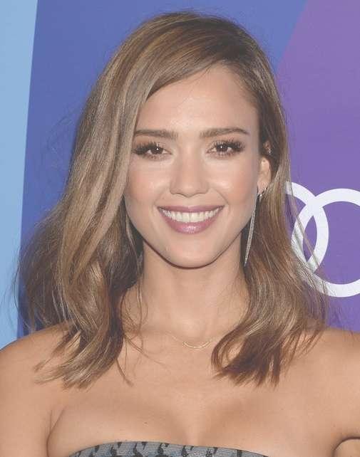 2014 Jessica Alba Medium Hairstyles: Straight Haircut And Side Pertaining To 2018 Jessica Alba Medium Haircuts (View 24 of 25)