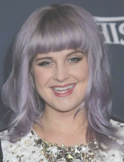 2014 Kelly Osbourne Hairstyles: Shoulder Length Haircut With Blunt Within Recent Kelly Osbourne Medium Haircuts (View 12 of 25)