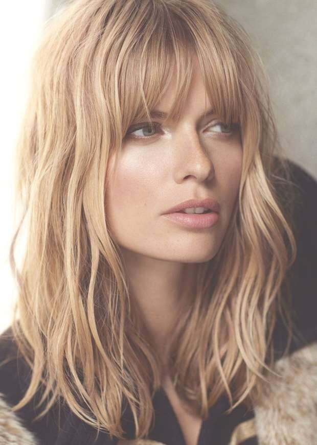 2017 Medium Haircuts For Wavy Hair   New Haircuts To Try For 2018 Within Newest Blunt Medium Hairstyles (View 22 of 25)