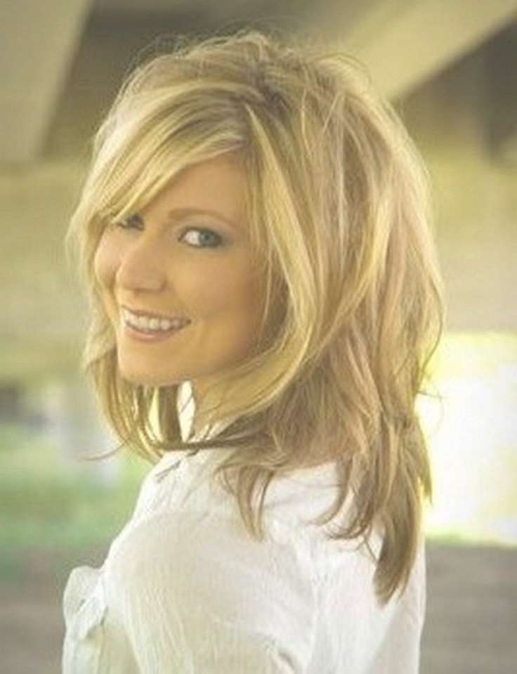 20+Fabulous Hairstyles For Medium And Shoulder Length Hair For Women Throughout Most Current Medium Haircuts Styles With Layers (View 16 of 25)