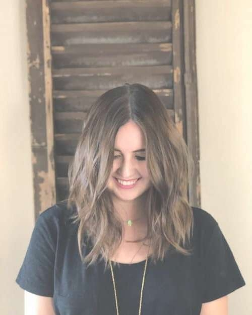 21 Perfect Medium Hairstyles For Square Faces (Popular For 2018) Pertaining To 2018 Medium