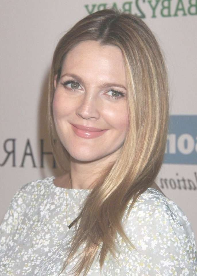 The Best Drew Barrymore Medium Hairstyles