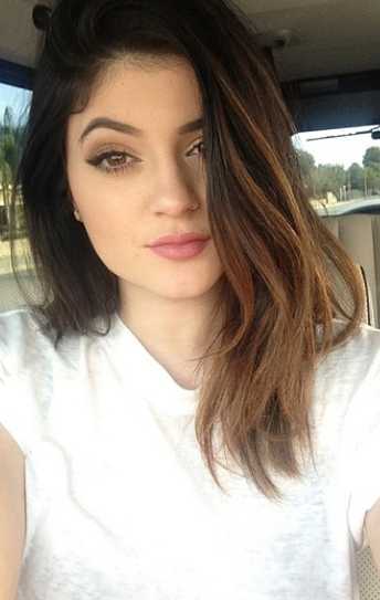 22 Of Kylie Jenner's Hairstyles To Inspire You To Be A Little More For Most Up To Date Kylie Jenner Medium Haircuts (View 20 of 25)