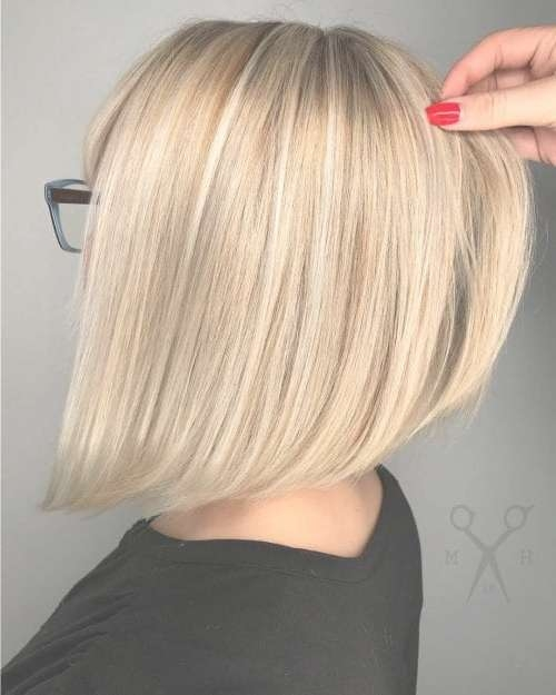 23 Angled Bob Hairstyles Trending Right Right Now For 2018 Pertaining To Angled Bob Haircuts (View 10 of 25)