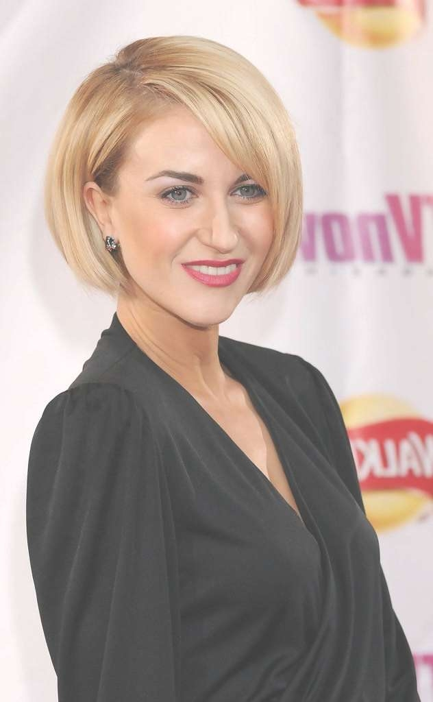 23 Best Bob Haircuts Images On Pinterest | Bob Hairstyles, Short Throughout Blunt Cut Bob Haircuts (View 23 of 25)