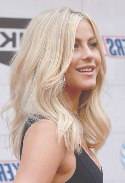 23 Chic Medium Hairstyles For Wavy Hair   Styles Weekly Pertaining To Current Fine Hair Medium Haircuts (View 11 of 25)