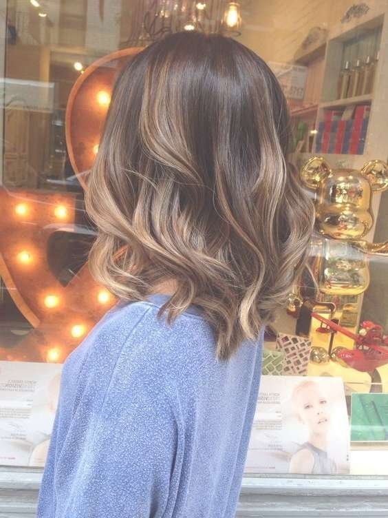23 Easy Fall Hairstyles For Medium Hair | Fall Hairstyles, Medium Intended For Most Up To Date Fall Medium Hairstyles (View 24 of 25)