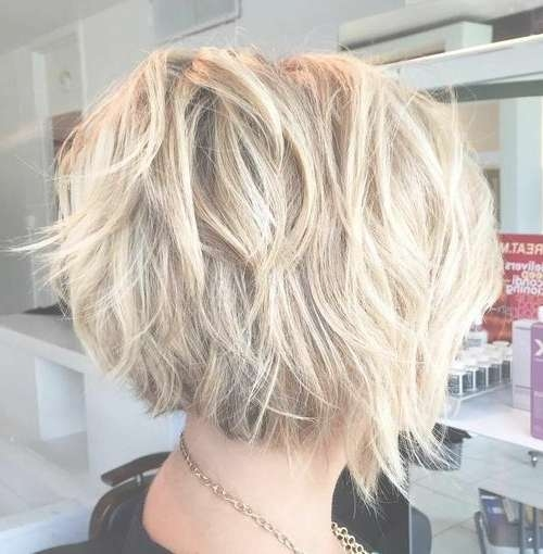 23 Pretty Bob Hairstyles For Mid Length Hair | Styles Weekly In 2018 Cropped Medium Hairstyles (View 2 of 15)