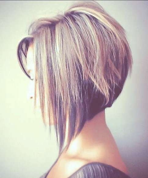 25 Best Long Angled Bob Hairstyles We Love – Hairstylecamp With Angled Bob Haircuts (View 14 of 25)
