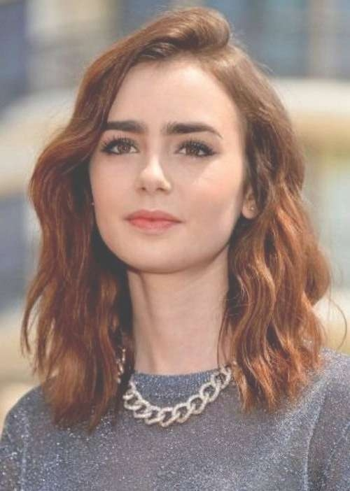25 Celebrities That Rock Auburn Hair | Circletrest For Current Auburn Medium Haircuts (View 20 of 25)
