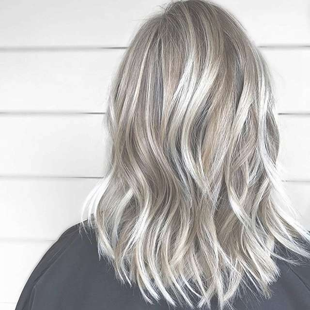 25 Exciting Medium Length Layered Haircuts – Popular Haircuts Throughout Most Recently Medium Hairstyles And Highlights (View 14 of 15)