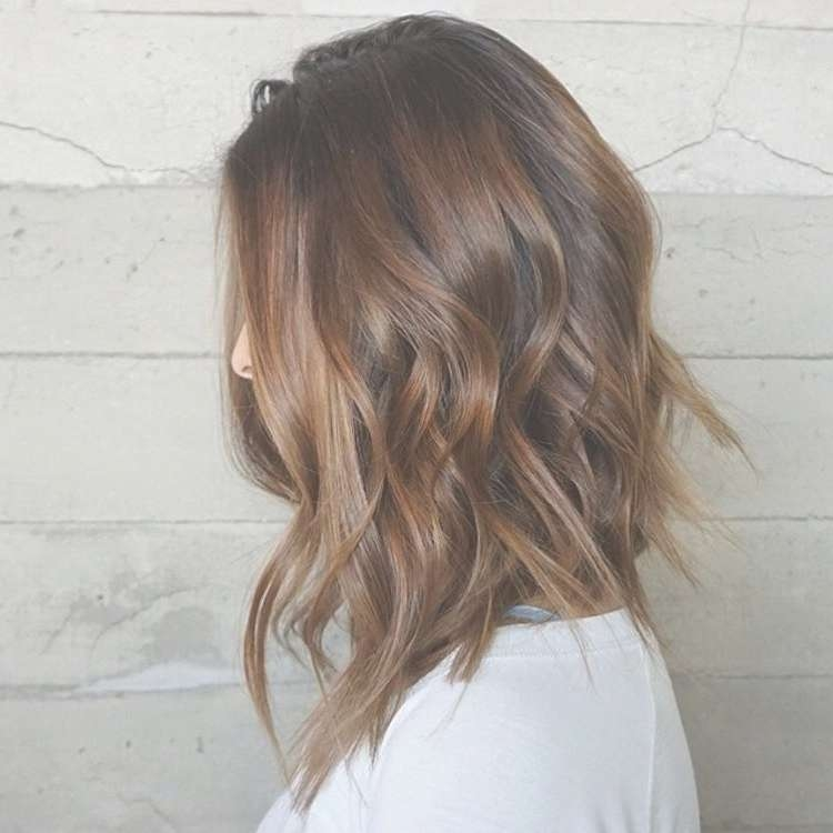 25 Fantastic Easy Medium Haircuts 2018 – Shoulder Length Inside Recent Medium Hairstyles Without Layers (View 11 of 25)