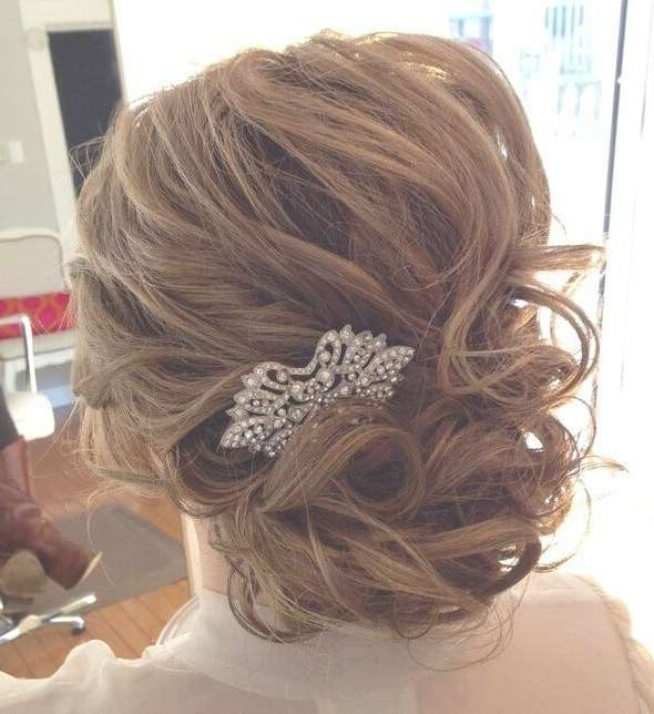 25 Glorious Wedding Hairstyles For Medium Hair 2017 – Pretty Designs With Regard To Recent Medium Hairstyles For Brides (View 12 of 25)