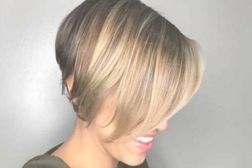 25 Top Short Bob Hairstyles & Haircuts For Women In 2018 For Short Bob Haircuts For Women (View 7 of 25)