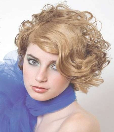 267 Best Prom Hairstyles Images On Pinterest | Bridal Hairstyles In 2018 Medium Haircuts For Prom (View 12 of 25)