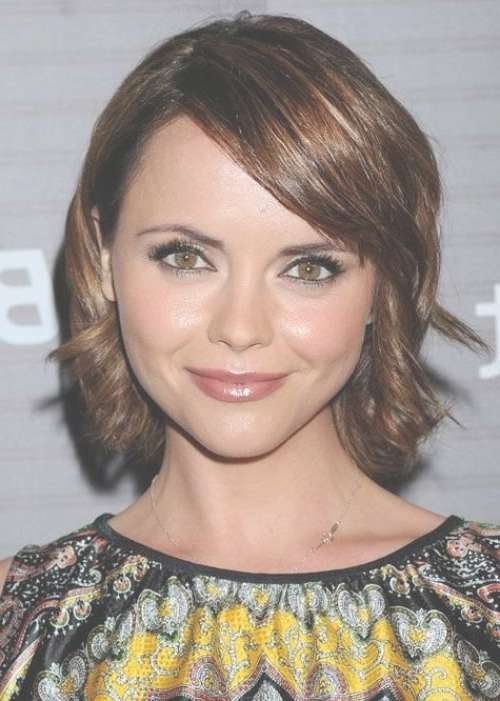 30 Best Hairstyles For Big Foreheads | Herinterest/ With Regard To Best And Newest Medium Haircuts For Big Foreheads (View 3 of 25)