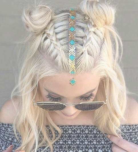30 Boho And Hippie Hairstyles For Chill Vibes All Year Long With Latest Boho Medium Hairstyles (View 11 of 25)