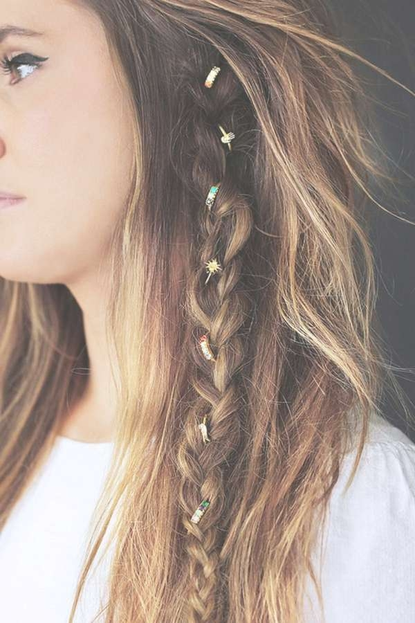 30 Boho Chic Hairstyles You Must Love | Styles Weekly Within Latest Boho Medium Hairstyles (View 9 of 25)