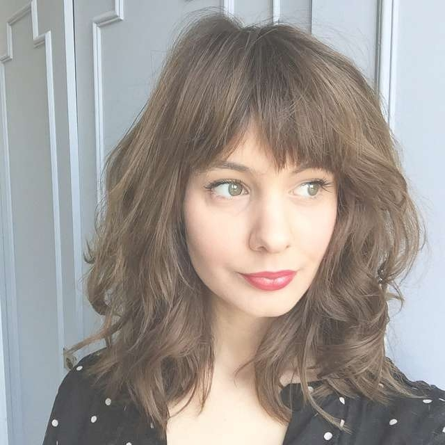 30 Cute Daily Medium Hairstyles 2018 – Easy Shoulder Length Hair Pertaining To Newest Full Fringe Medium Hairstyles (View 23 of 25)
