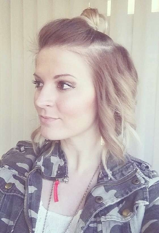 30 Short Hairstyles For Fine Hair In Most Popular Half Short Half Medium Hairstyles (View 19 of 25)