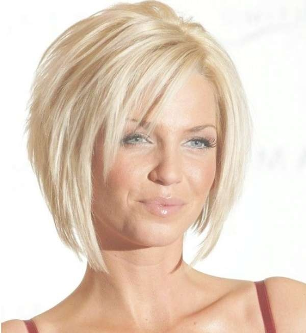 30 Summer Bob Hairstyles For The Fashionable Woman For Current Medium Hairstyles For Summer (View 12 of 15)